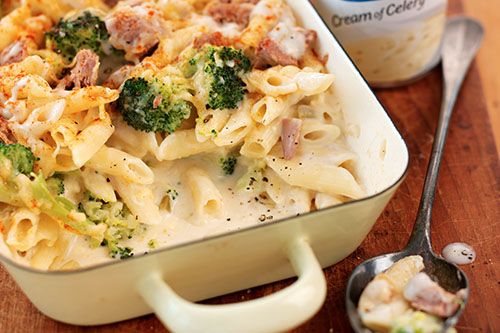 Dec 19,  · This 1 Dish Chicken, Broccoli, and Cheese Pasta is a complete, kid-friendly dinner that all cooks together -- no prep required. Even the pasta and the chicken cook together in the same casserole, making this recipe the answer to your busy weeknight prayers!5/5(1).