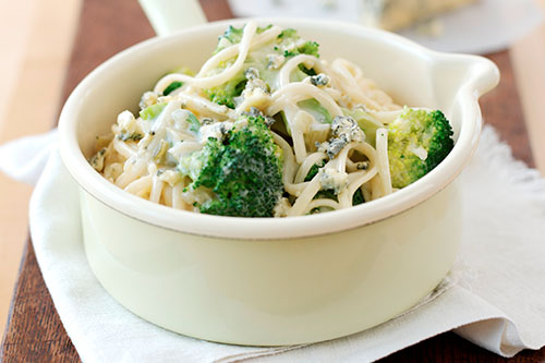 Broccoli, Celery And Cheese Linguine